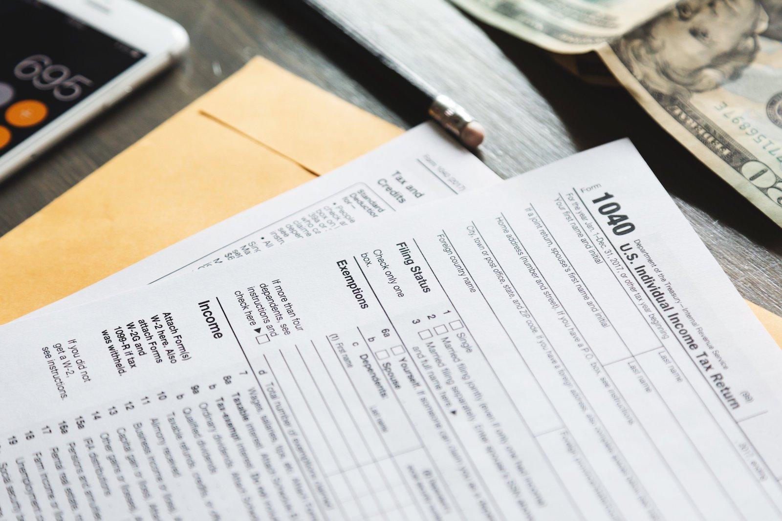 US IRS Tax Form 1040